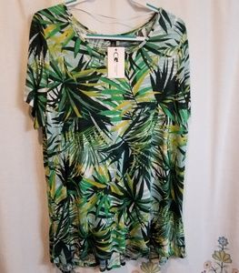 Cable & Gauge Tops - Nwt cable and gauge bundle leaf print tunic